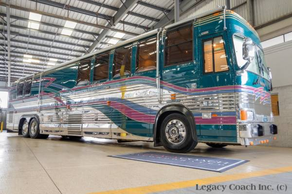 Inventory Showroom | Legacy Coach | Rockwall Texas